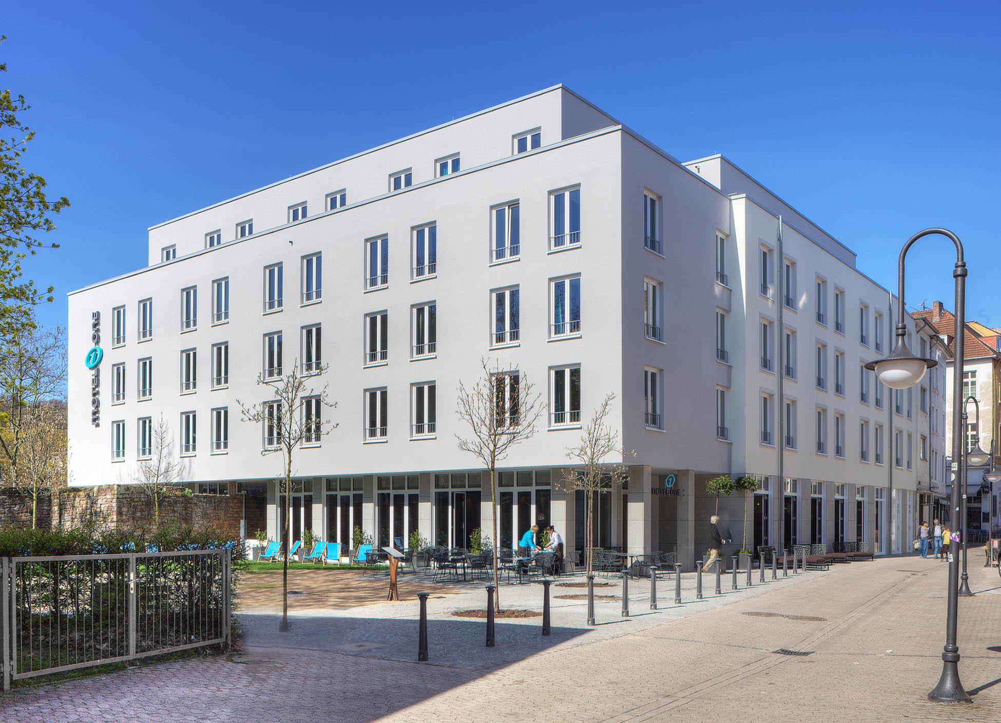 Aussenansicht Motelone in Saarbrücken